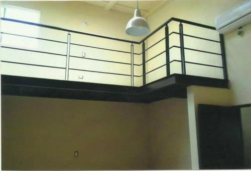 barandales de escalera con aluminio para oficinas