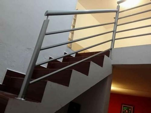 barandales para escaleras en san nicolas forja, aluminio, acero inoxidable, madera